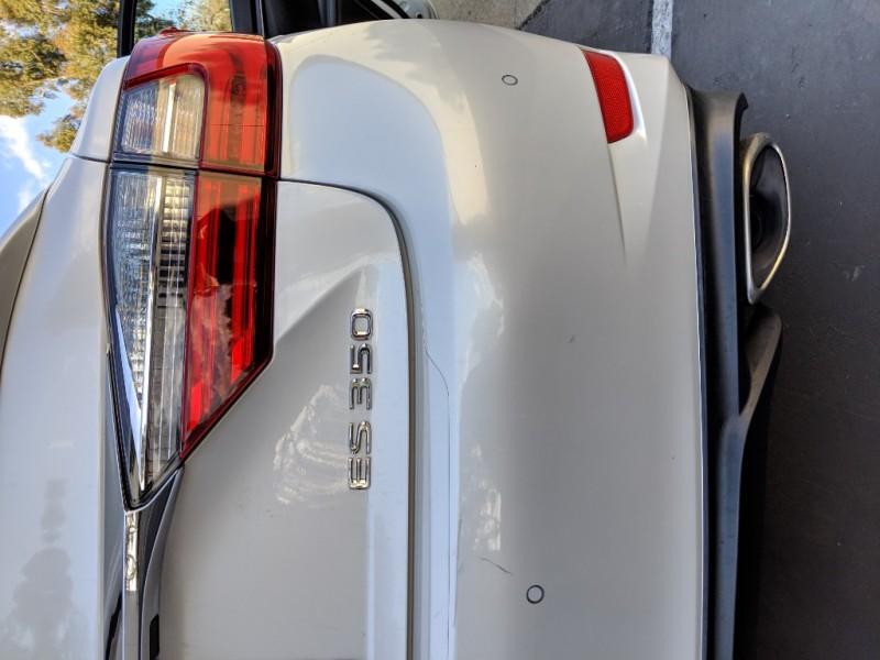 Lexus ES 350 2016 price $31,000
