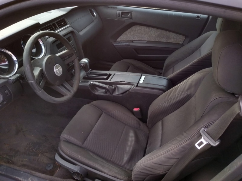 Ford Mustang 2011 price $11,900