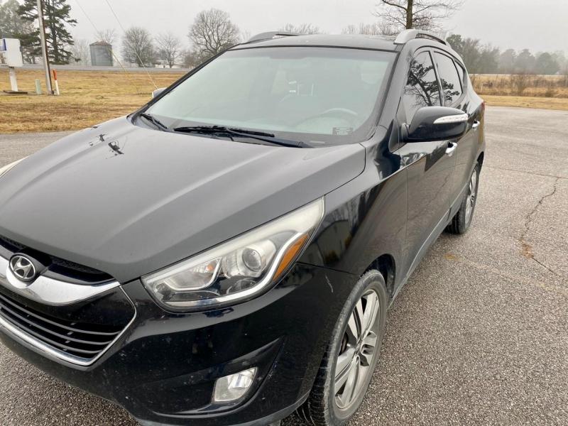 Hyundai Tucson 2014 price $14,900