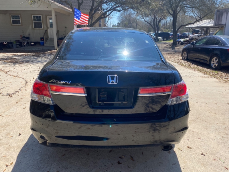 Honda Accord Sdn 2012 price $2,500 Down