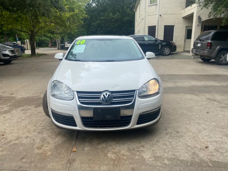 Volkswagen Jetta Sedan 2010 price $1,500