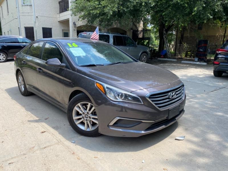 Hyundai Sonata 2016 price $3,000