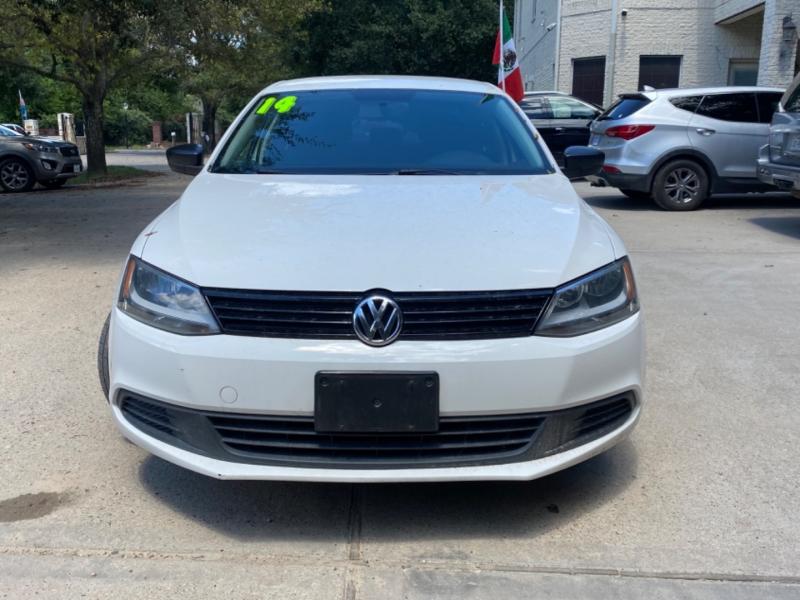Volkswagen Jetta Sedan 2014 price $2,000