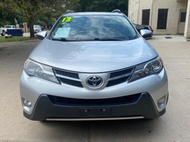 Toyota RAV4 2013 price $3,500