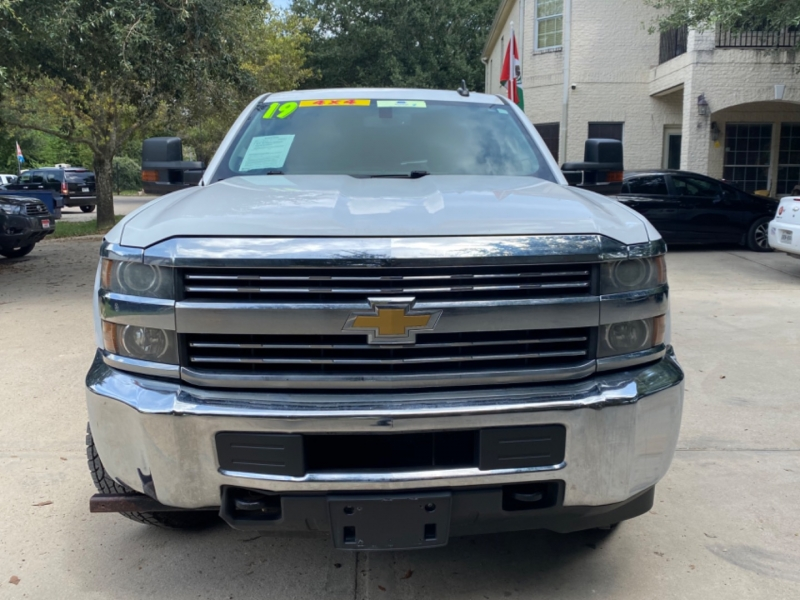 Chevrolet Silverado 2500HD 2019 price $8,000