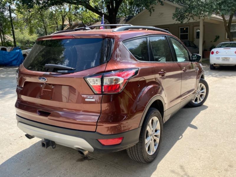 Ford Escape 2018 price $5,000