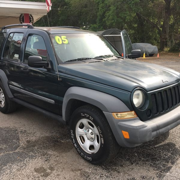 JEEP LIBERTY 2005 price $1,995