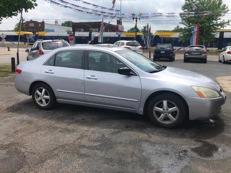 Honda Accord Sdn 2004 price $2,999