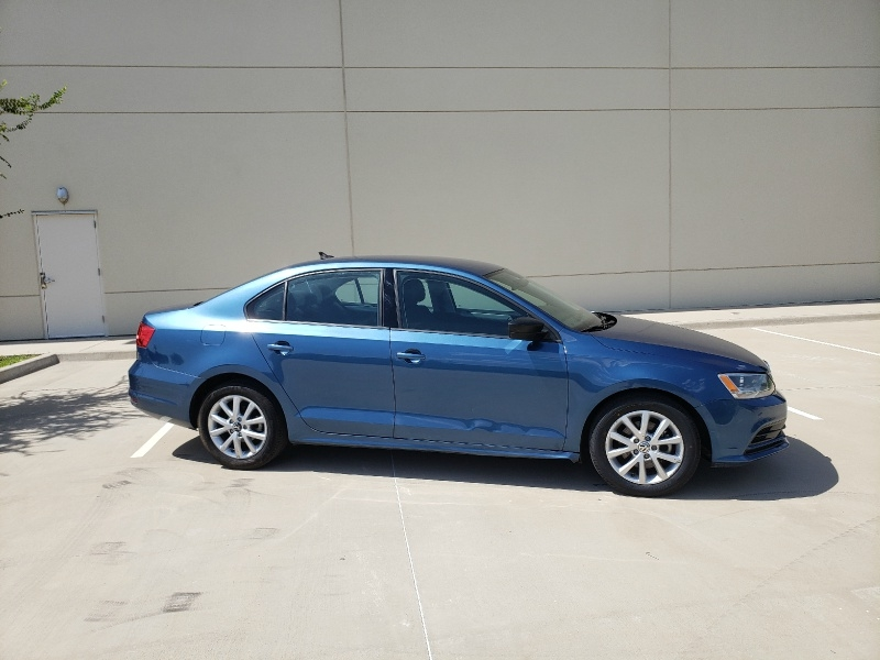 Volkswagen Jetta Sedan 2015 price $7,400