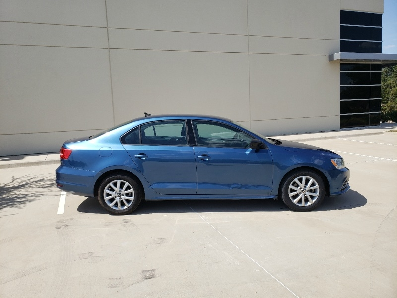 Volkswagen Jetta Sedan 2015 price $7,400