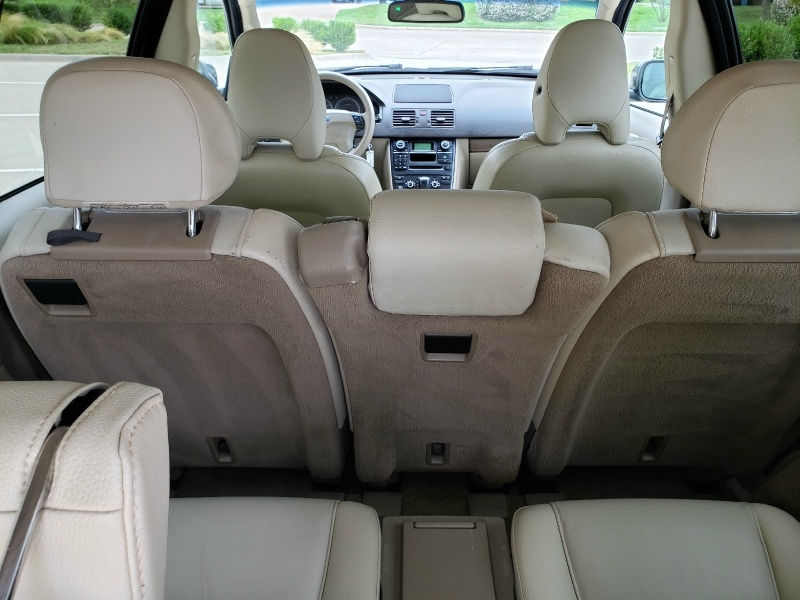 Volvo XC90 2010 price $6,400