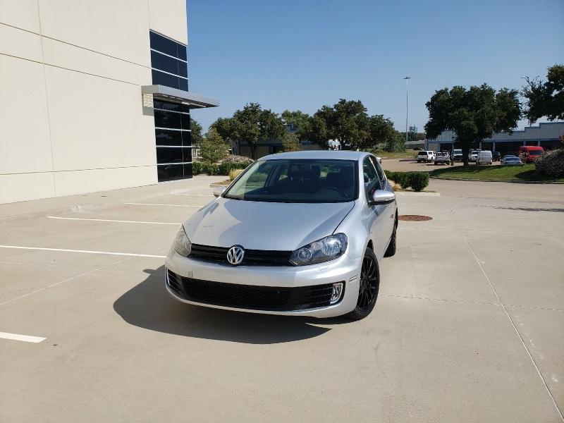 Volkswagen Golf 2012 price $5,900