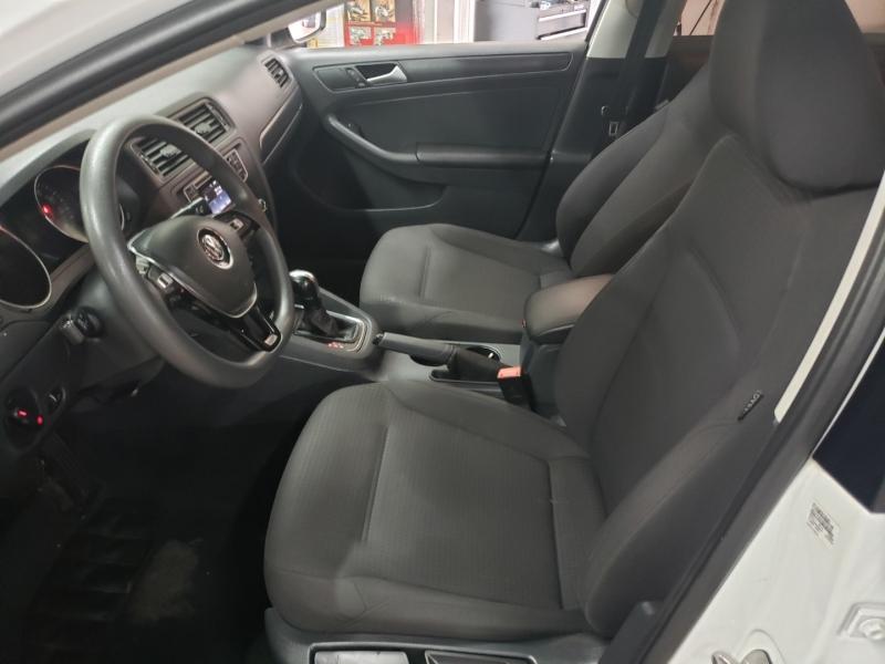 Volkswagen Jetta Sedan 2016 price $8,400