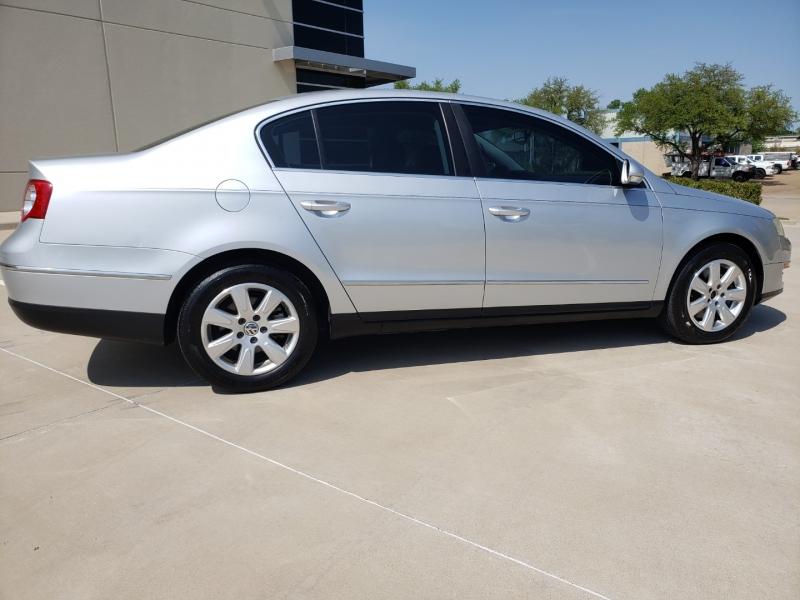 Volkswagen Passat Sedan 2008 price $5,900