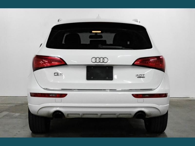 Audi Q5 2016 price $17,549