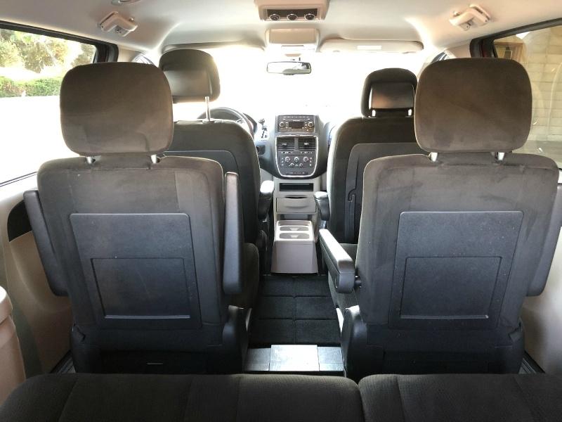 Dodge Grand Caravan 2016 price $10,500