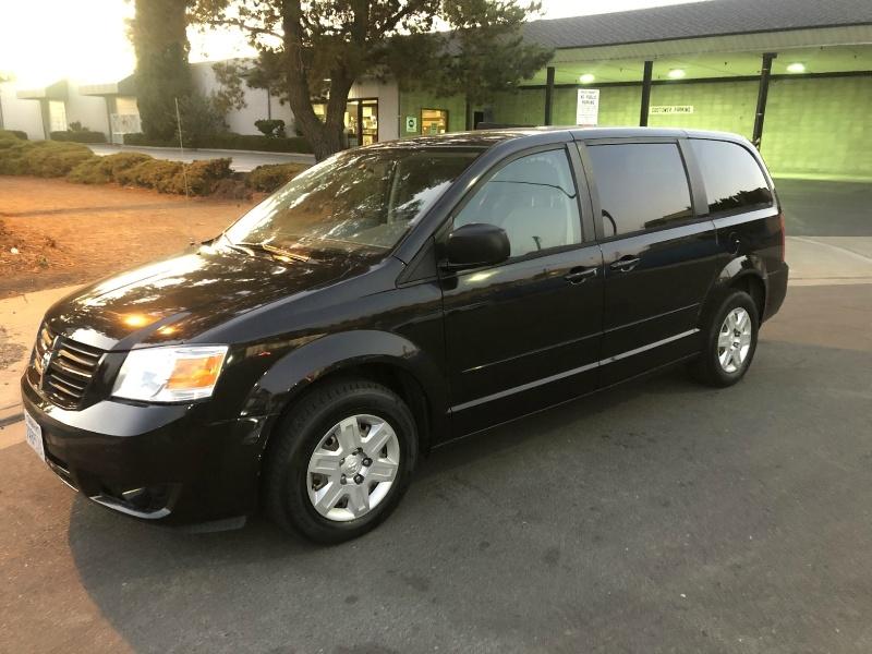 Dodge Grand Caravan 2009 price $5,900