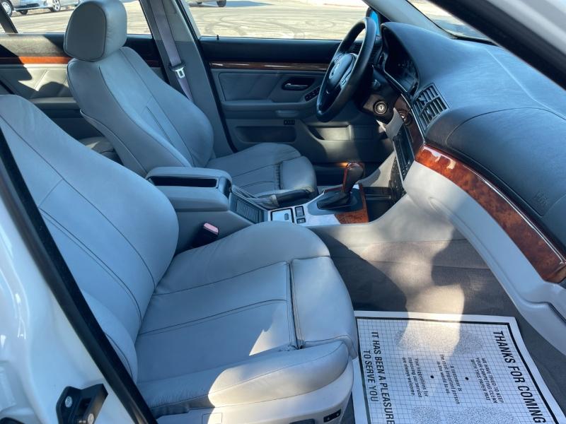 BMW 5-Series 2002 price $8,995