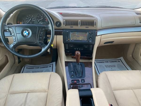 BMW 7-Series 2001 price $7,995
