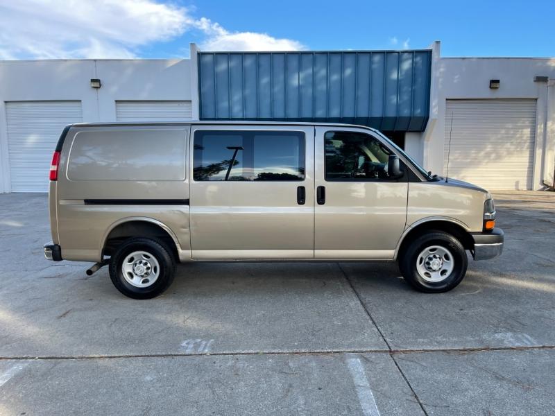 Chevrolet Express Cargo Van 2008 price $9,900