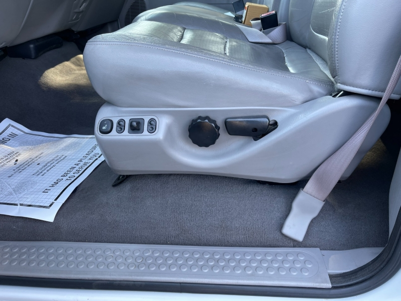 Ford Super Duty F-250 2001 price $9,995 Cash