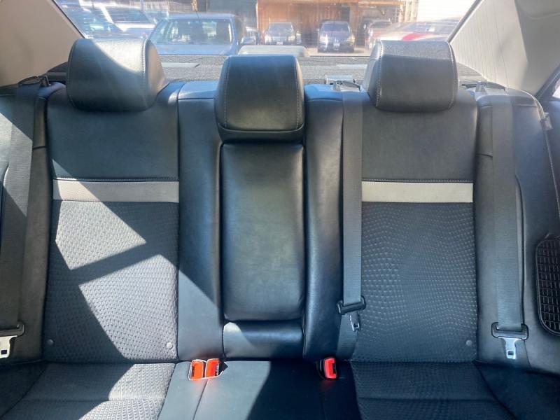 Toyota Camry Hybrid 2014 price $11,975