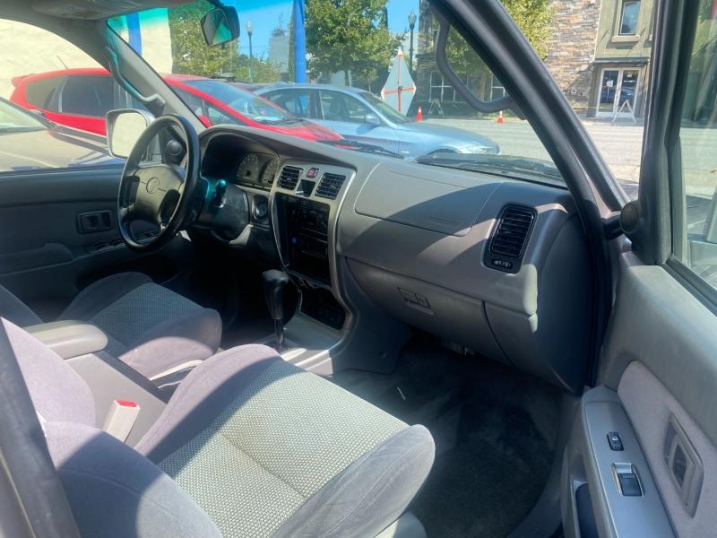 Toyota 4Runner 2002 price $5,975