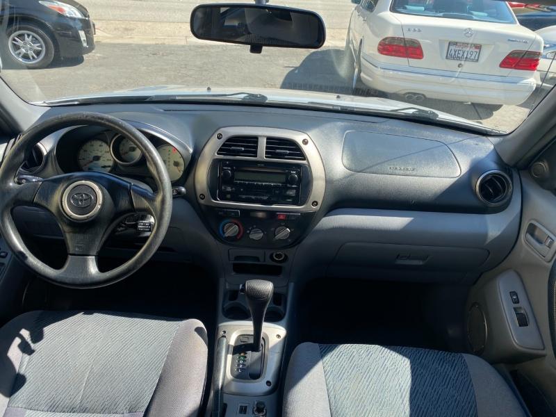 Toyota RAV4 2003 price $4,975