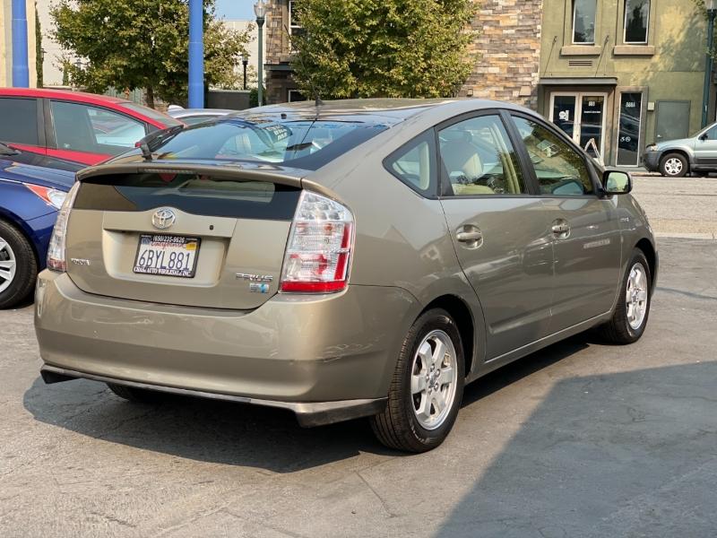 Toyota Prius 2008 price $8,475