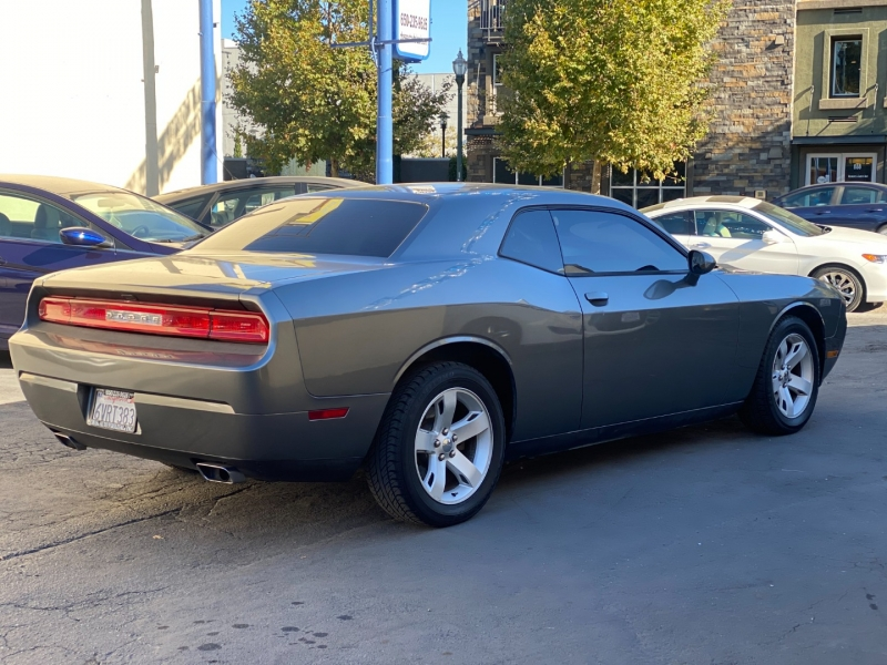 Dodge Challenger 2012 price $11,975