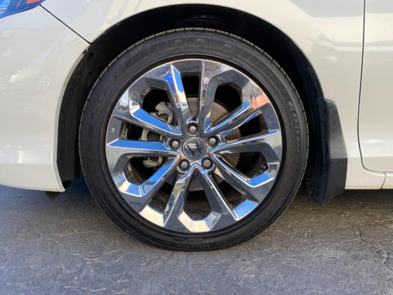 Honda Accord Cpe 2013 price $15,975