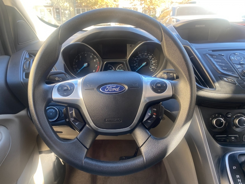 Ford Escape 2013 price $9,975
