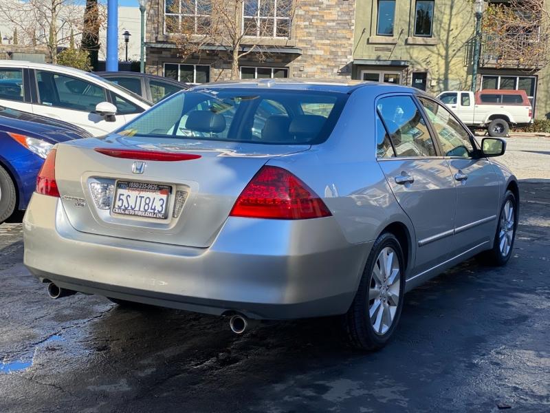 Honda Accord Sdn 2006 price $5,975