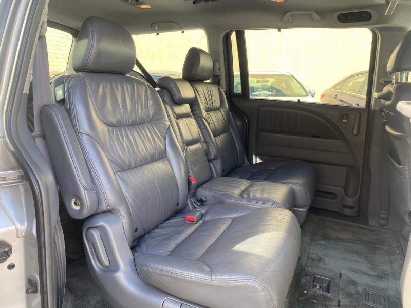 Honda Odyssey 2005 price $5,975