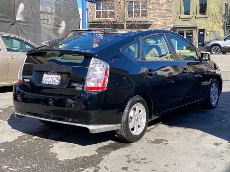 Toyota Prius 2007 price $5,975