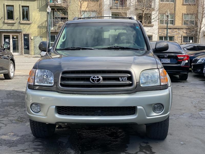 Toyota Sequoia 2003 price $5,975