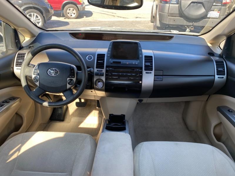 Toyota Prius 2005 price $7,975