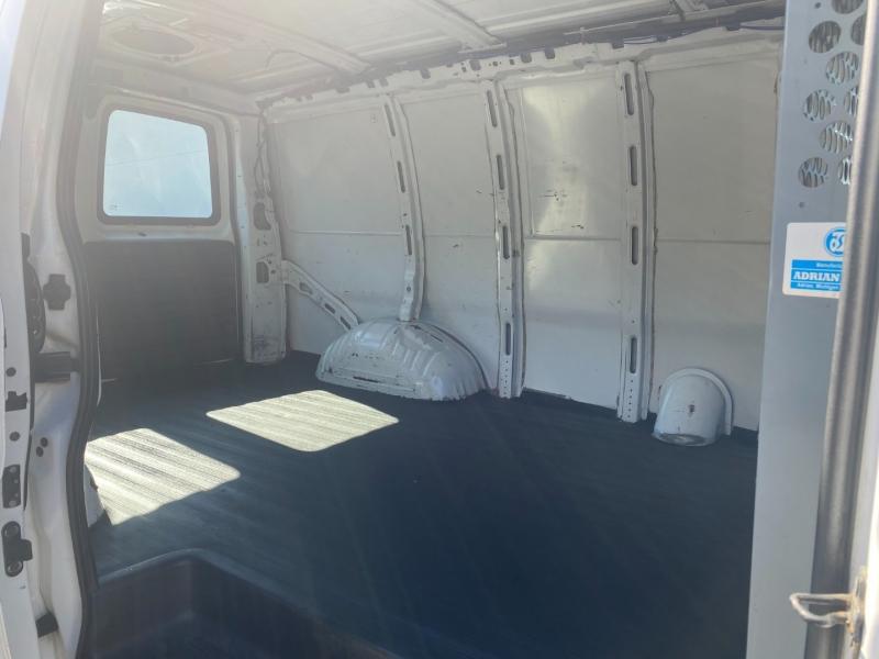 GMC Savana Cargo Van 2003 price $8,975