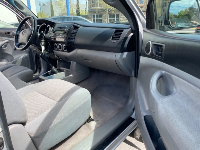 Toyota Tacoma 2008 price $14,975