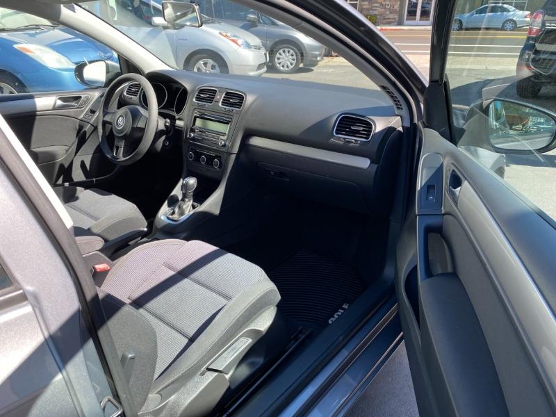 Volkswagen Golf 2012 price $9,975