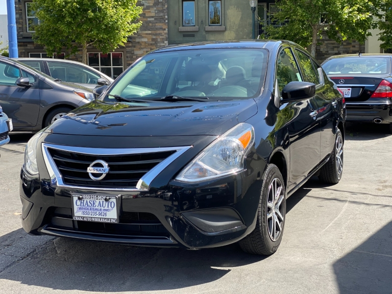 Nissan Versa Sedan 2018 price $9,975