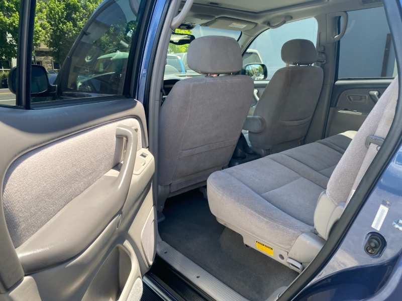 Toyota Sequoia 2002 price $12,975