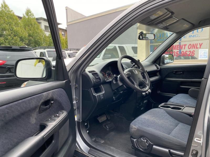 Honda CR-V 2006 price $8,975