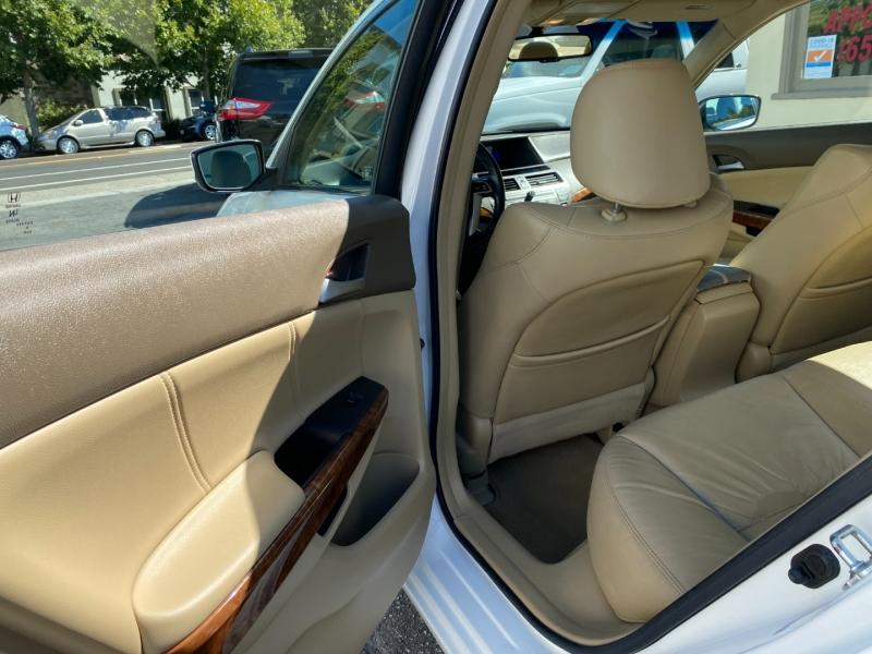 Honda Accord 2008 price $8,975
