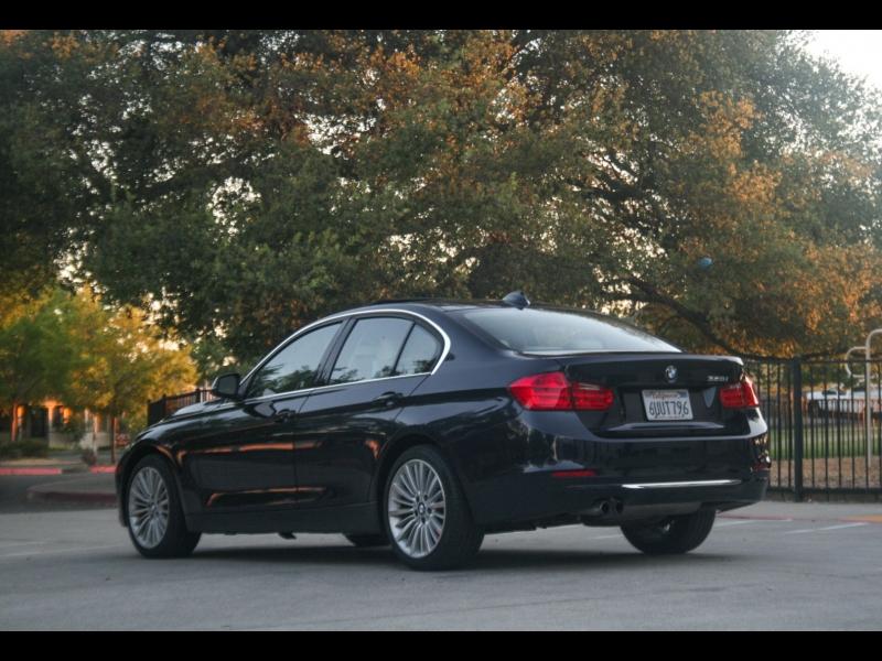 BMW 3 Series Luxury 2012 price $12,999