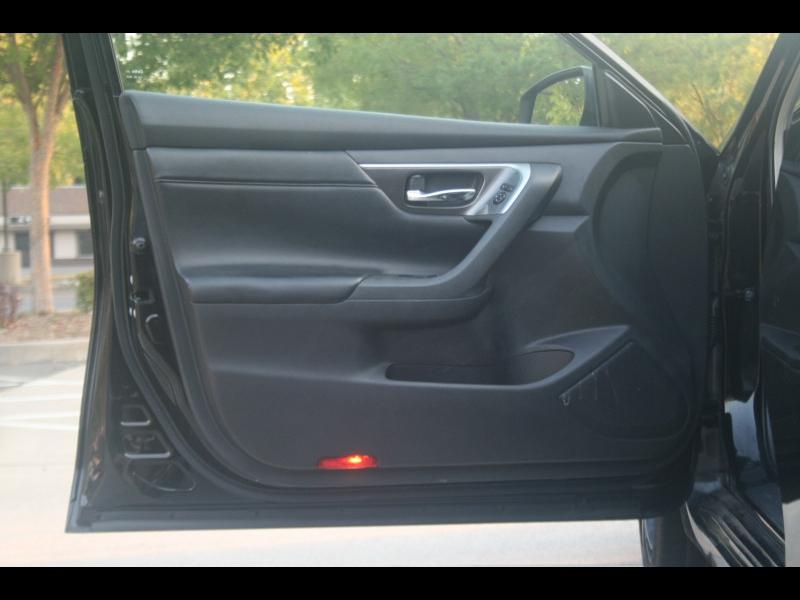 Nissan Altima 2013 price $10,995