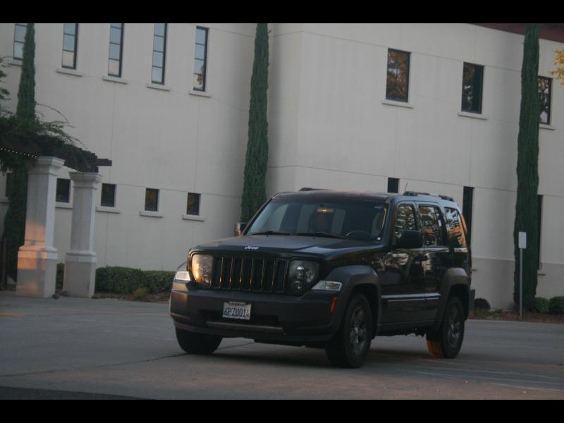 Jeep Liberty 2010 price $11,999
