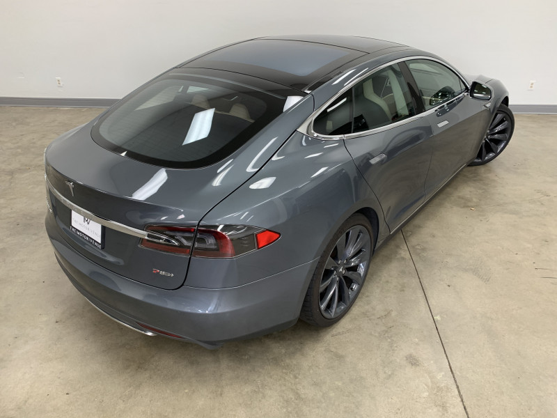 Tesla Model S 2013 price $39,977