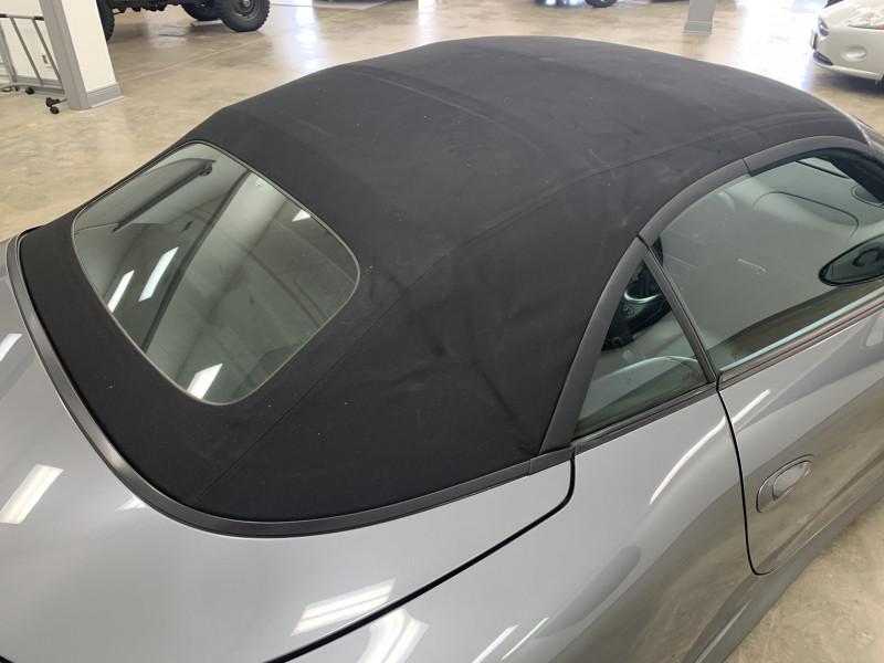 Porsche 911 2004 price $41,977
