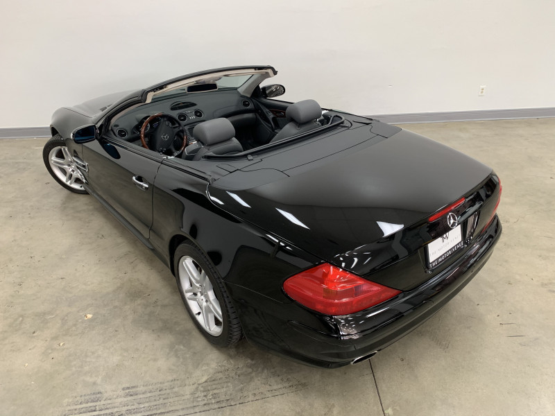 Mercedes-Benz SL600 2005 price Sold